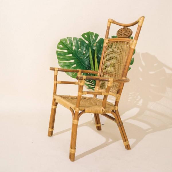 핸드메이드 나무 원목 의자